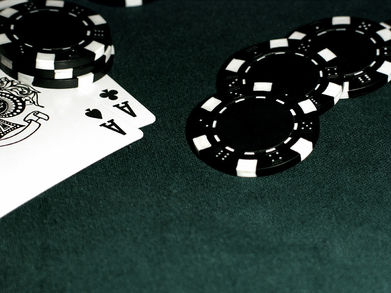 Poker vs bridge size cards